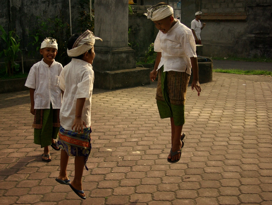 Levitating Children Ubud  Indonesia
