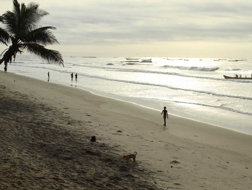 Anomabo Beach - A West African Retreat