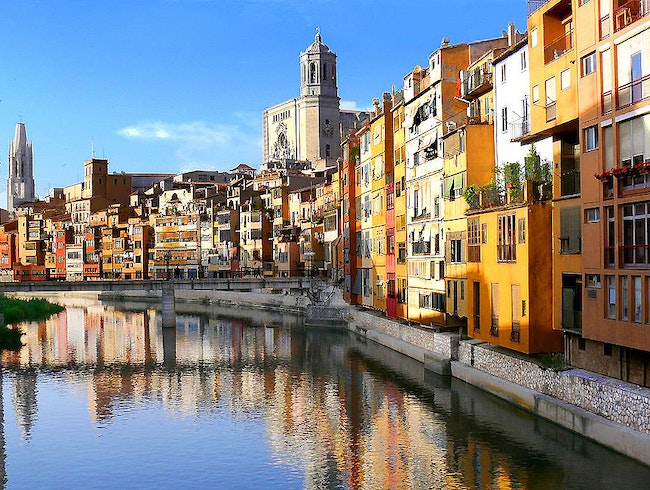 City run tour of Girona, part of the Costa Brava Running + Wellness Retreat for women