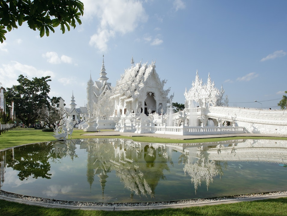 Wat Rong Khun: The White Temple Pa O Don Chai  Thailand