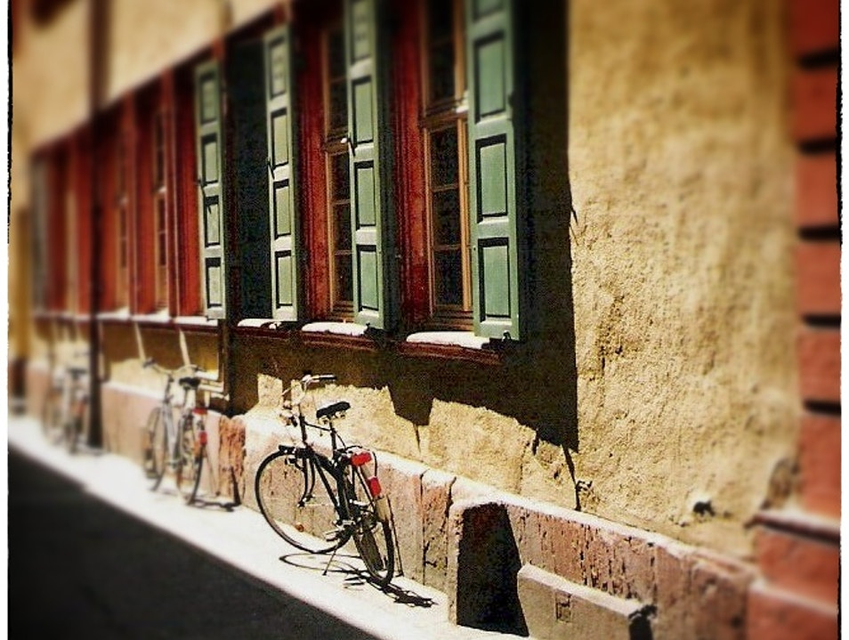 bikes at rest in a Baroque alleyway