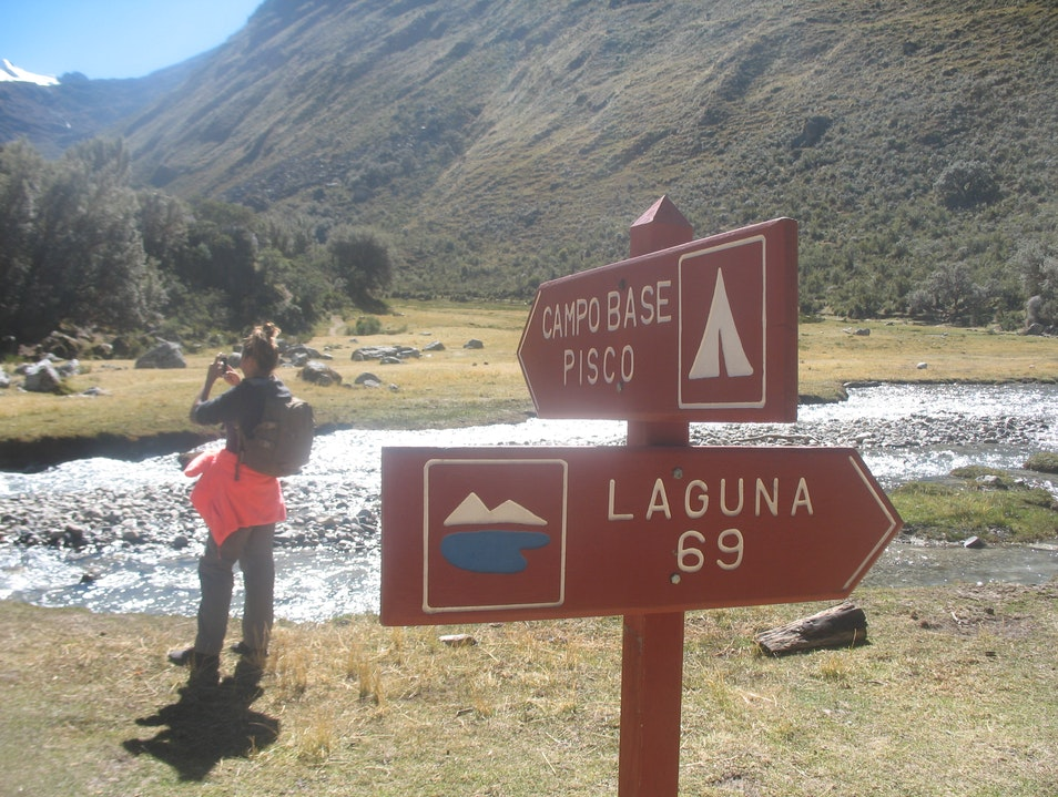 Santa Cruz Hiking Cordillera Blanca 4 days Huaraz  Peru