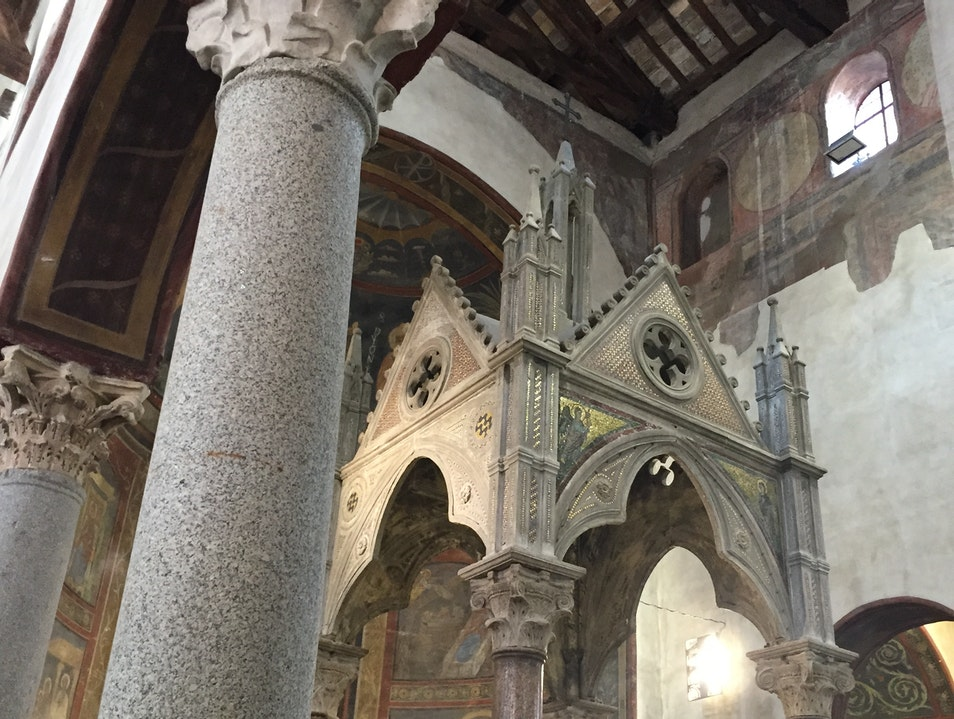 Santa Maria in Cosmedin, offering a peaceful retreat from a busy tourist attraction