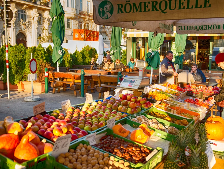 Dining and Shopping at Naschmarkt