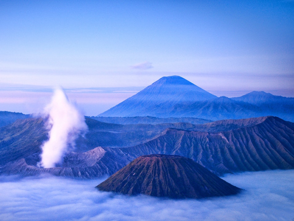 Waiting for the Right Light, Mount Penanjakan view of Mount Bromo, East Java, Indonesia. Tosari  Indonesia