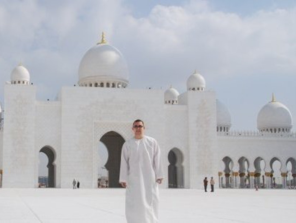Dressed to enter Sheikh Zayed Mosque, Abu Dhabi