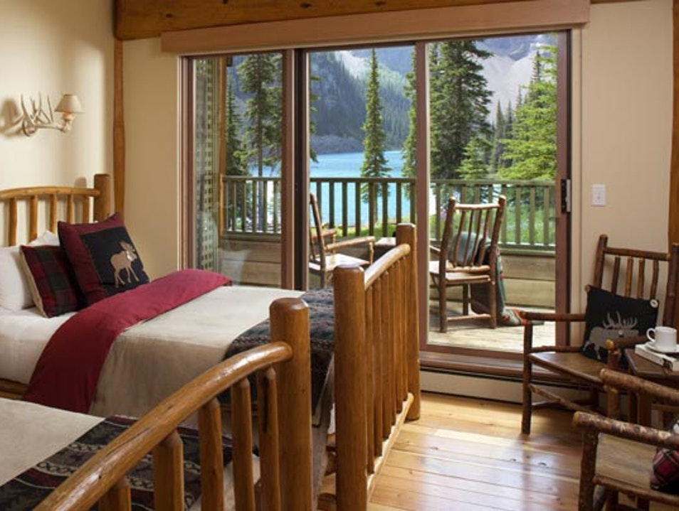 Moraine Lake Lodge Lake Louise  Canada