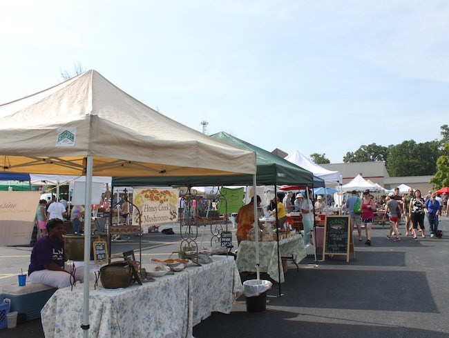 Weekly Farmers' Market