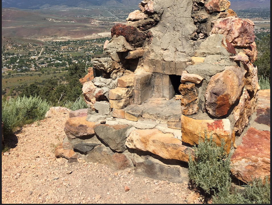 A view of the Sierras and historic Geiger trail