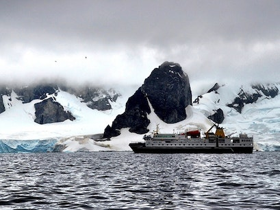 Fly-Cruise to Antarctica    Antarctica