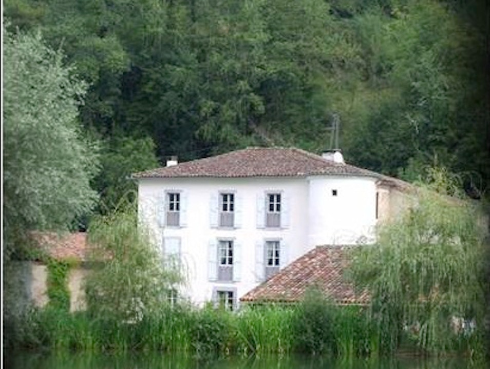 Yoga Retreats: Domaine de la Grausse, France Clermont  France
