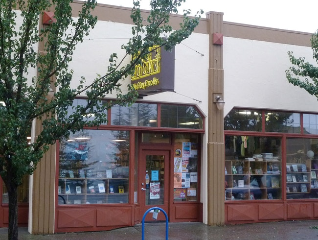 Tacoma's Best Book Clubs