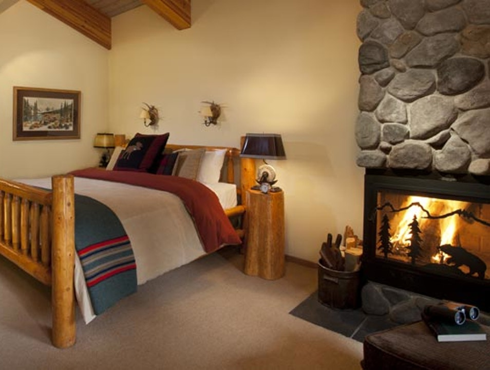 Moraine Lake Lodge