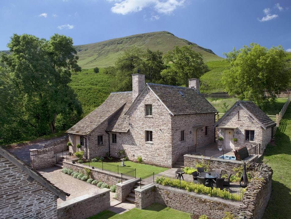 Holiday Cottages in the Welsh Countryside  Talybont-on-Usk  United Kingdom