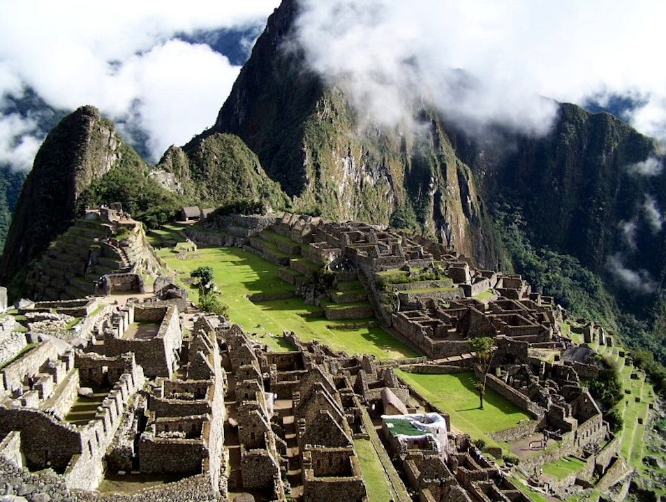No Inca Trail but No Crowds Santuario Historico Machu Picchu  Peru