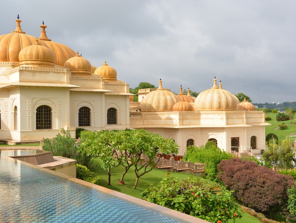 Sweeping views of Udaipur's palaces