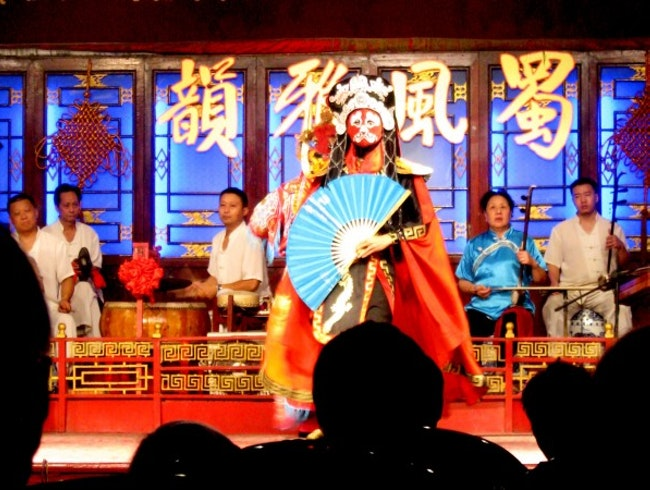 Face Changing Sichuan Opera