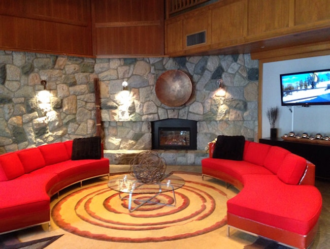 Whistler Village Boutique Hotel
