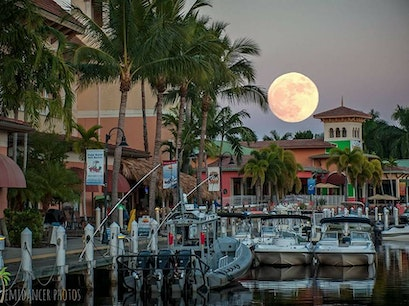 The Best Waterfront Dining In Fort Myers And Sanibel Afar