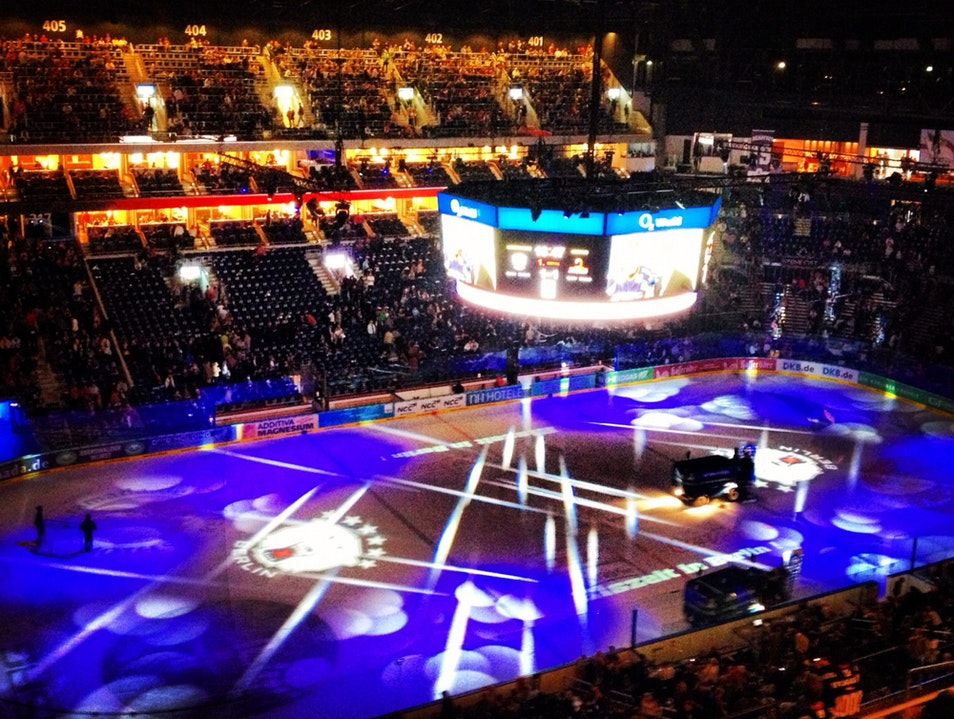 Catch An Ice Hockey Game In Berlin!