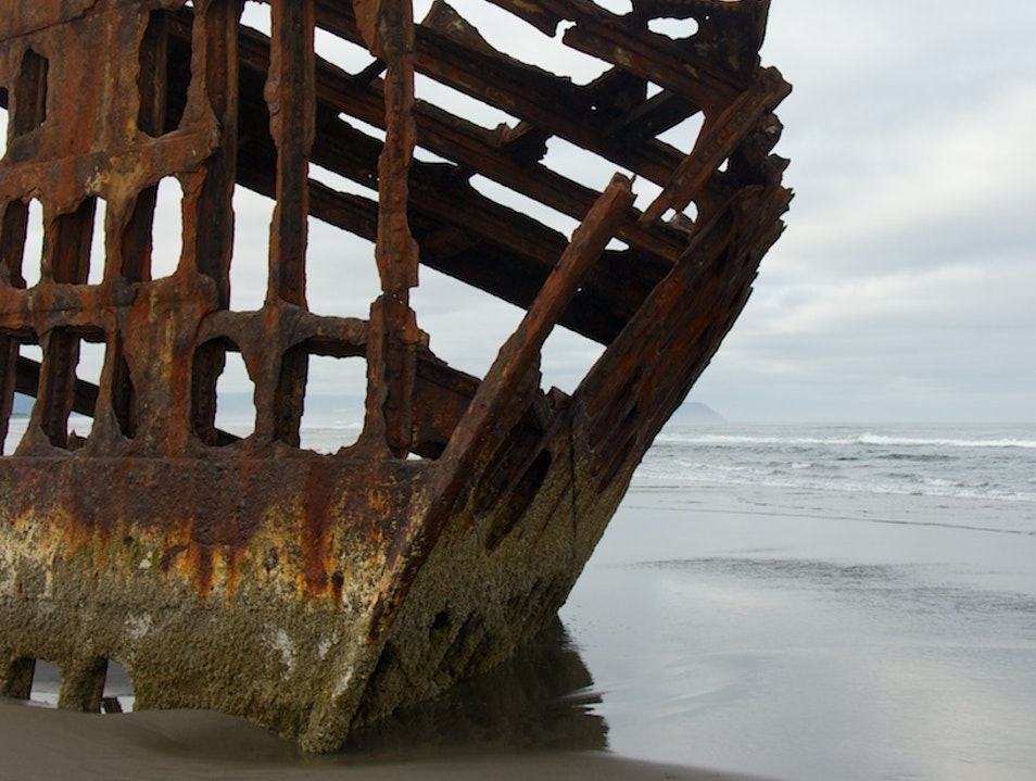 Explore A Barnacle Encrusted Shipwreck Warrenton Oregon United States