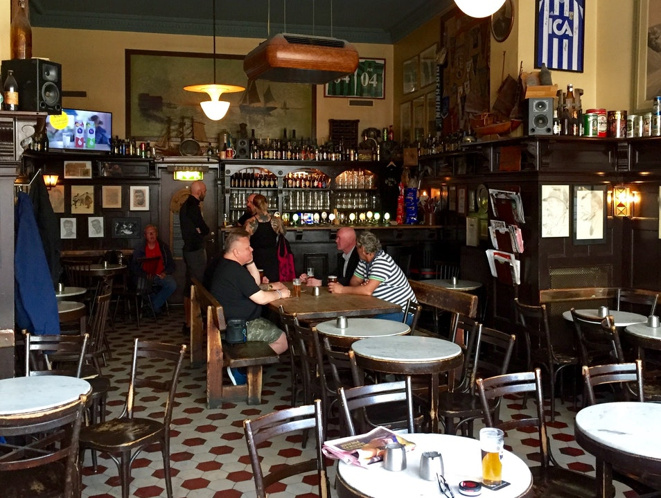 Old-Fashioned Beer Hall