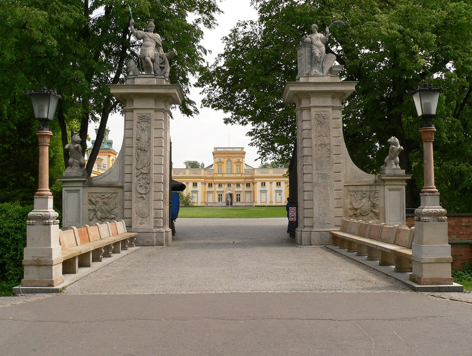 Stroll Through the Wilanów Palace, Gardens, and Park
