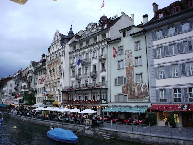 Hotel des Alpes: A Breath of Fresh Air in Lucerne, Switzerland