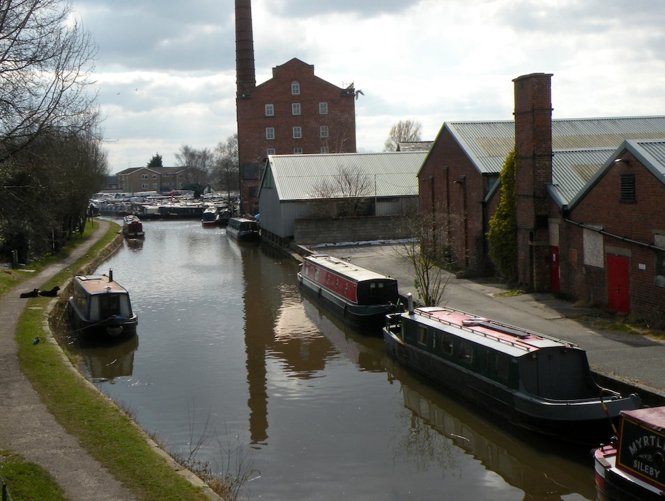 Exploring Macceslefield Canals Bollington  United Kingdom