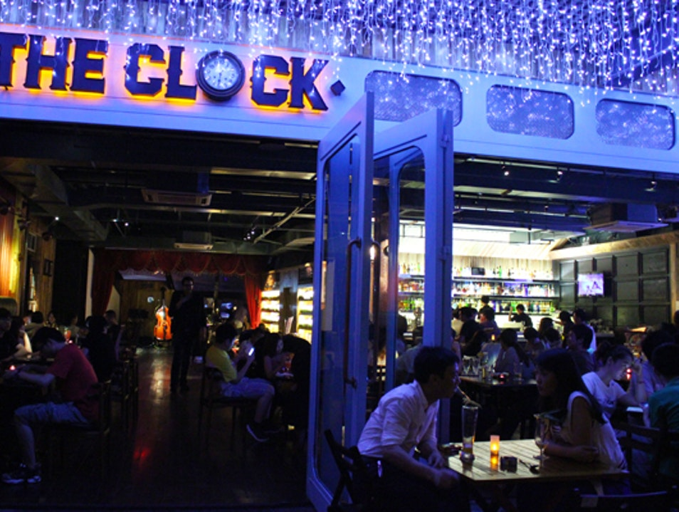 Drinks, Jazz, and Time-Traveling Letters at The Clock Guangzhou  China