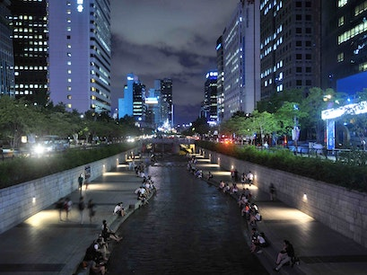 Cheonggyecheon Seoul  South Korea