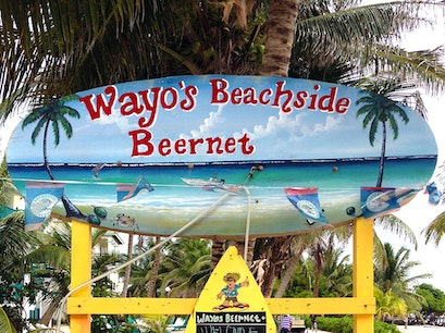 Wayo's Bar San Pedro  Belize