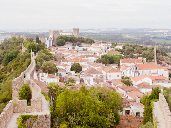 Walking the town walls of Medieval Obidos