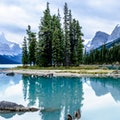 Through the Lens Cruise at Maligne Lake Jasper  Canada