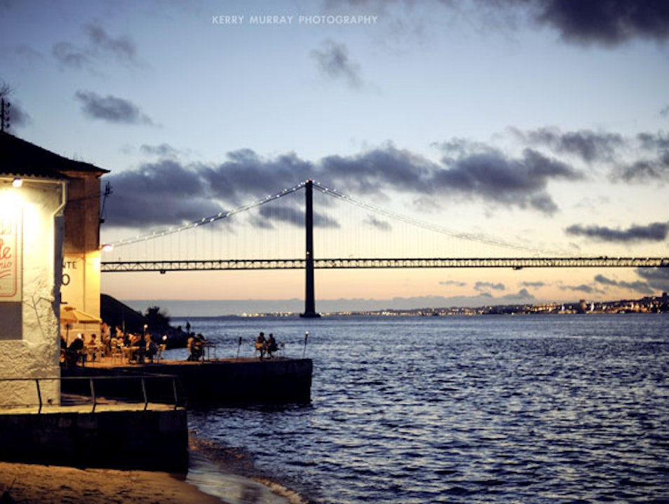 River-front restaurant with amazing views over Lisbon. Almada  Portugal