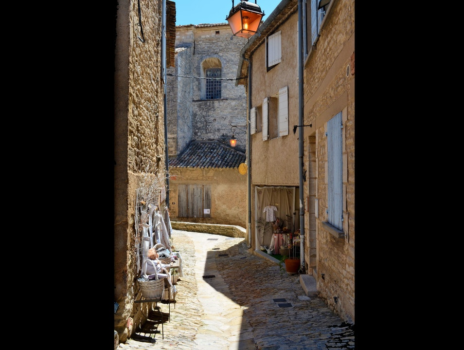 Walking in Gordes, France Gordes  France