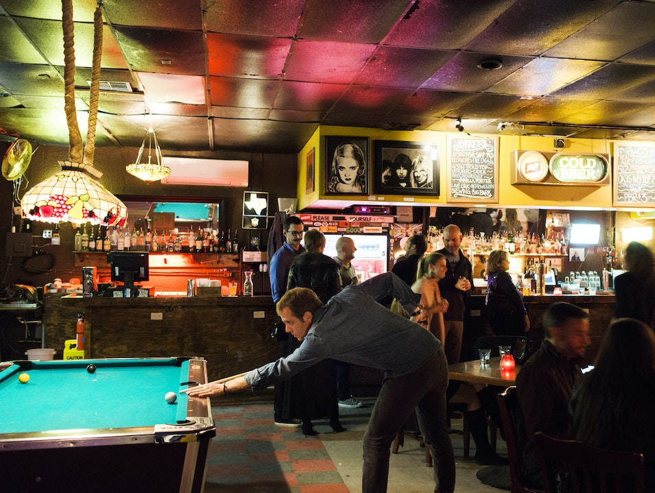 Two-Steppin' at the White Horse Tavern