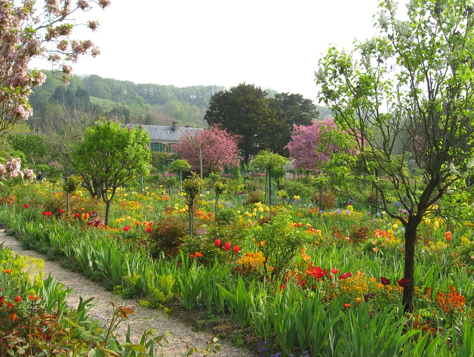 Giverny in May!