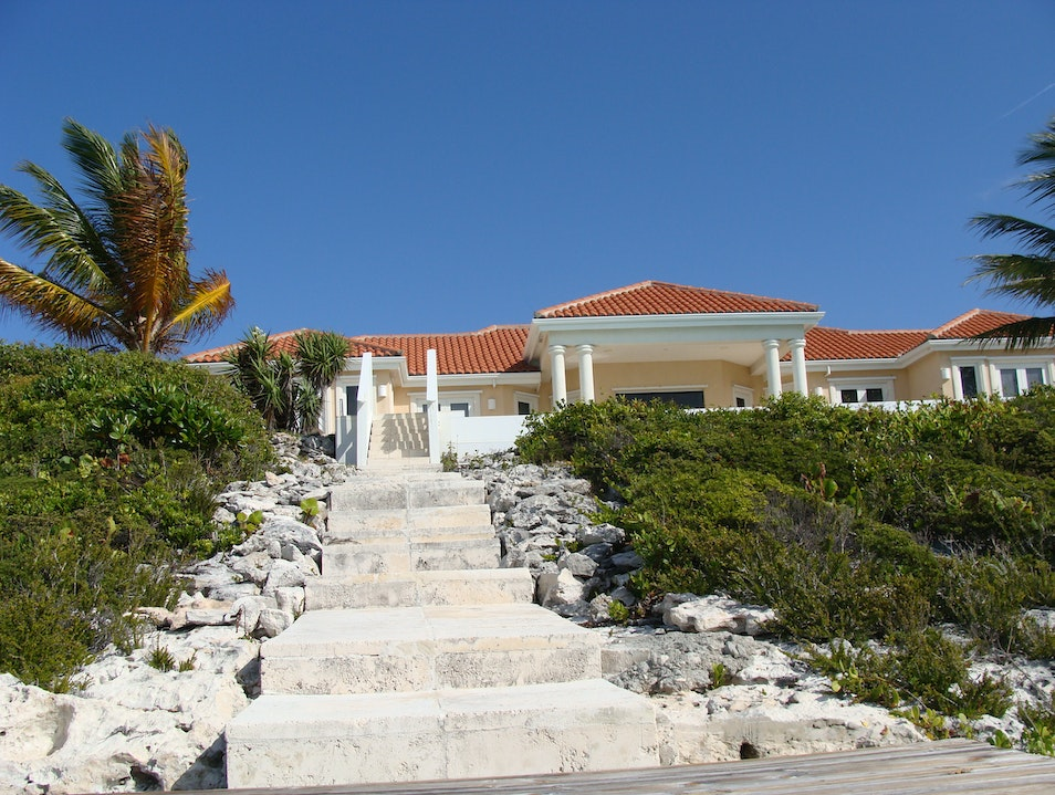 Skinny-Dipping in Paradise: Breezy Villa  Kite Provo  Turks and Caicos Islands