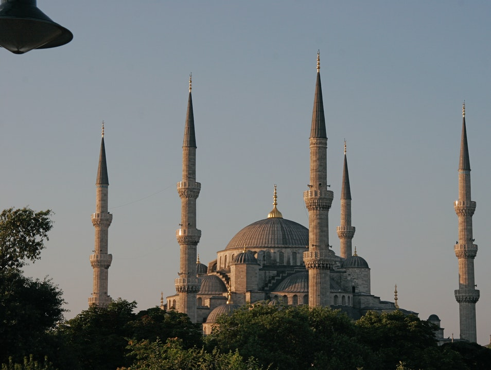 The Blue Mosque, Sultanemet, Istanbul, Turkey.