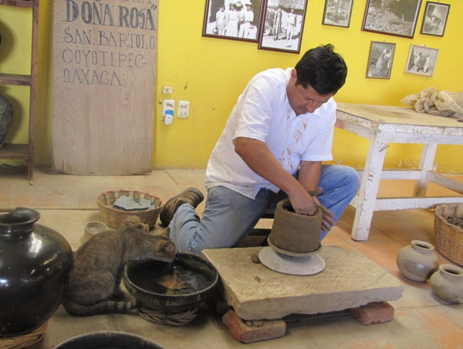 See Ancient Pottery Techniques San Bartolo Coyotepec  Mexico