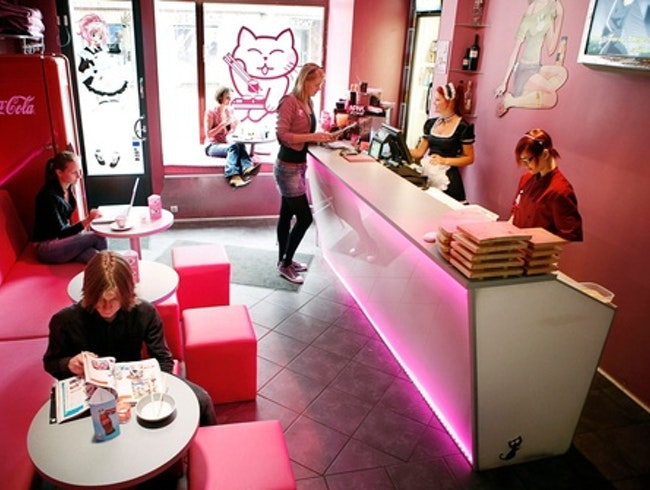 Playful sushi cafe!