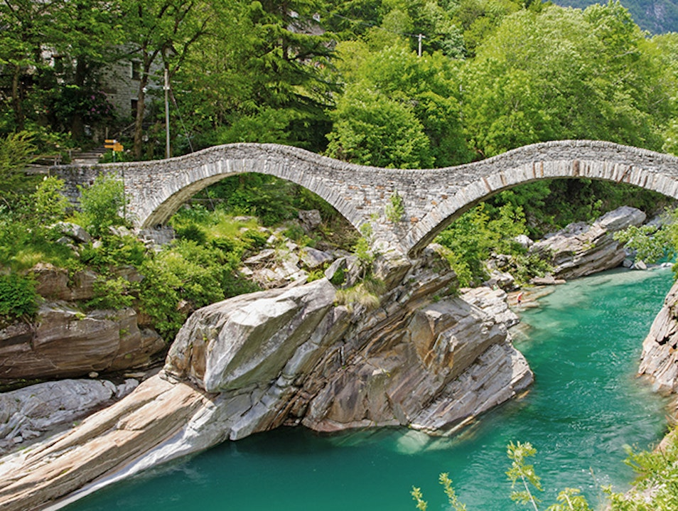 Ponte dei Salti | Jumping Bridge Gordola  Switzerland
