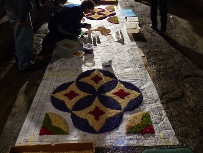 L'Infiorata, Saturday Night-Sunday Early Morning