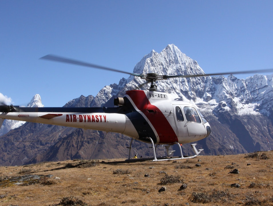 Everest Heli Tour Khumjung  Nepal