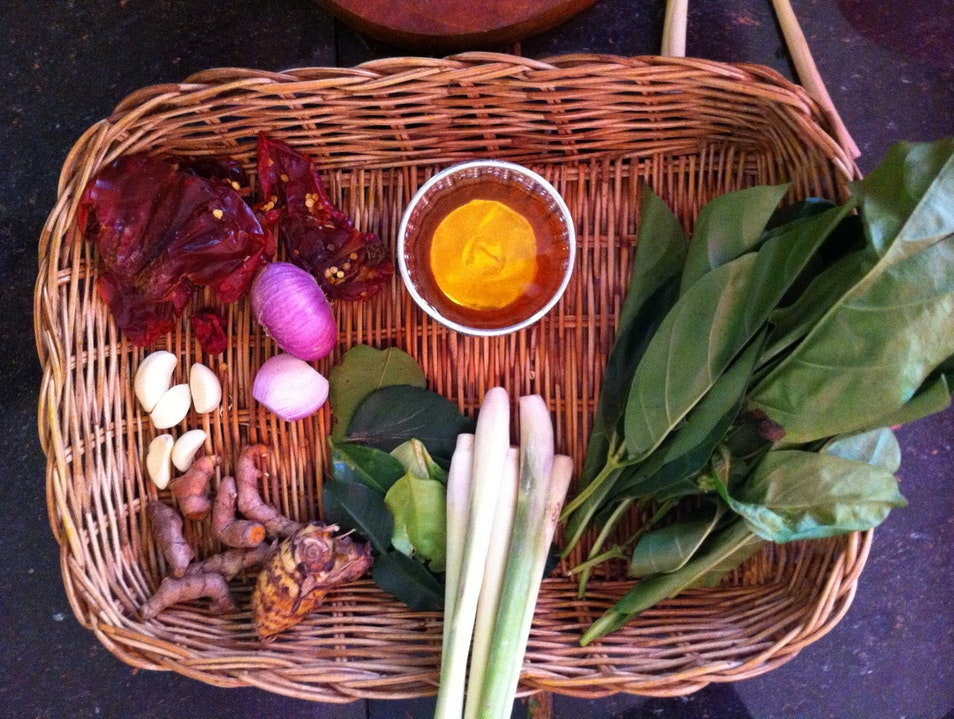 Make offerings before making Cambodian food ក្រុងសៀមរាប  Cambodia