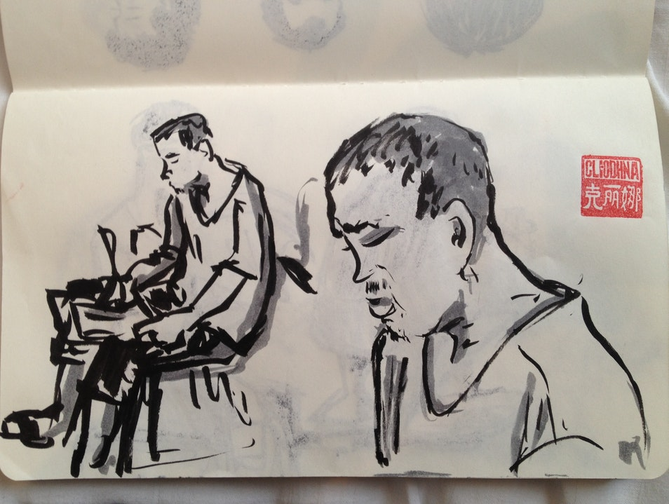 A Sketch-Off in Tianzifang