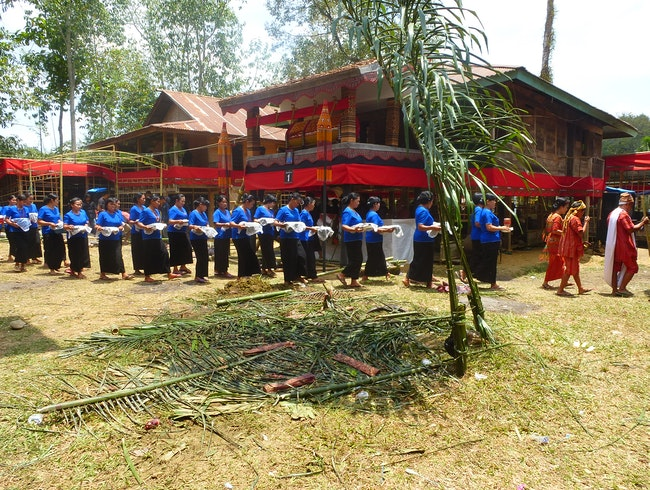 Immersion at a Traditional Christian Funeral