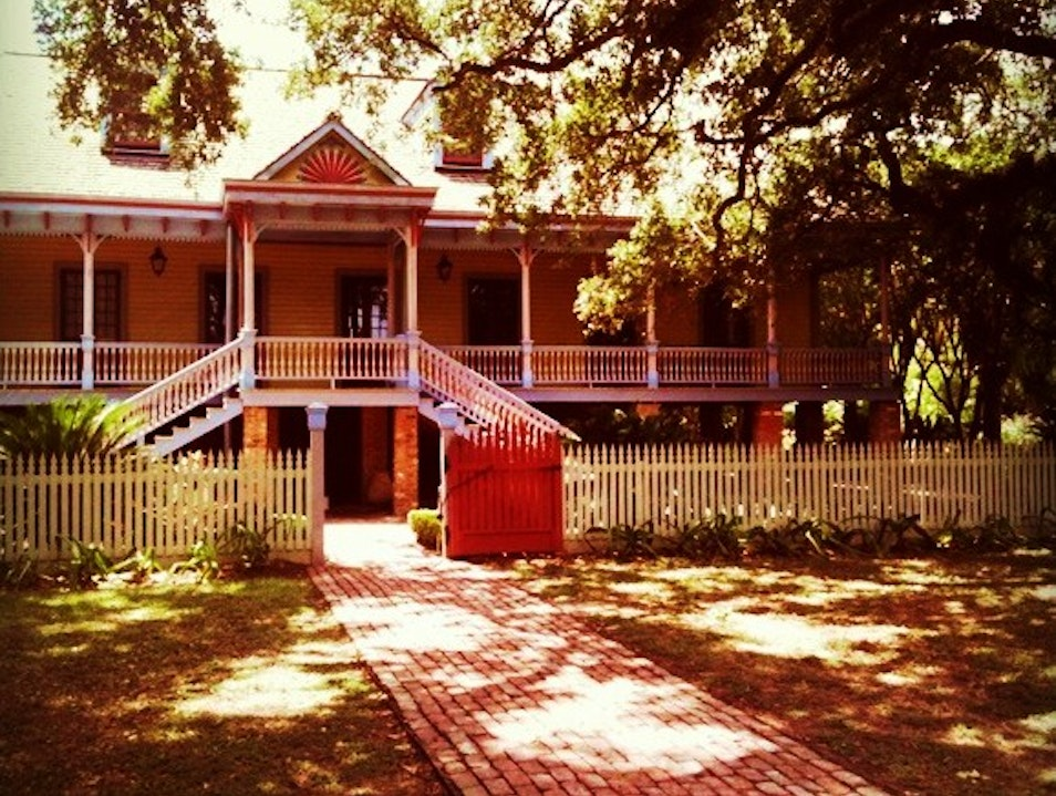 A Creole Plantation—Stepping Back to a Different Past