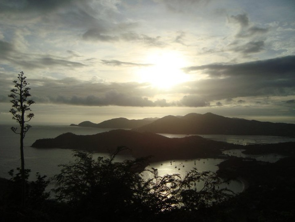 Watch the sunset in Antigua